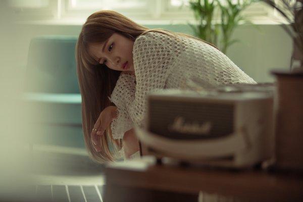 프로이별러 김나영, 오늘 신곡 'miss u' 공개..감성 폭격 [공식]