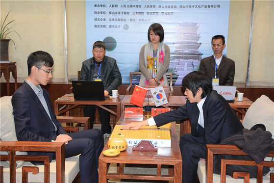 이세돌(오른쪽) 9단과 중국의 렌샤오 9단 [사진 한국기원]