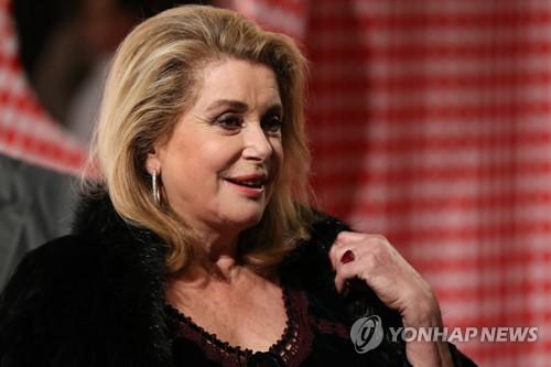 프랑스 배우 카트린 드뇌브 [AFP=연합뉴스 자료사진]
