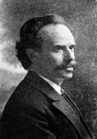 unknown (1908). 프란츠 보아스. 그는 인류학의 아버지로 불리는 유명한 문화인류학자다. 하지만 그는 물리학 논문으로 박사 학위를 받았고, 체질인류학과 진화론에도 깊은 관심이 있었다. [출처: Popular Science Monthly Volume 72] - wikimedia (cc) 제공