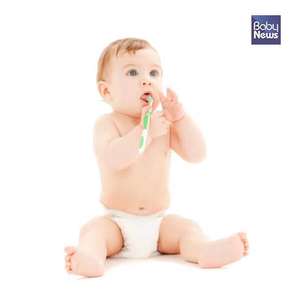유치가 나기 전부터, 치아 관리를 시작하세요
