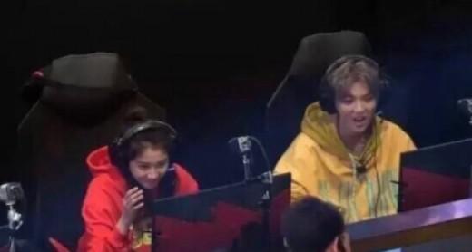 """[룩@차이나] """"방송도 같이"""" 루한♥관효동 커플, 첫 동반 예능 출연"""