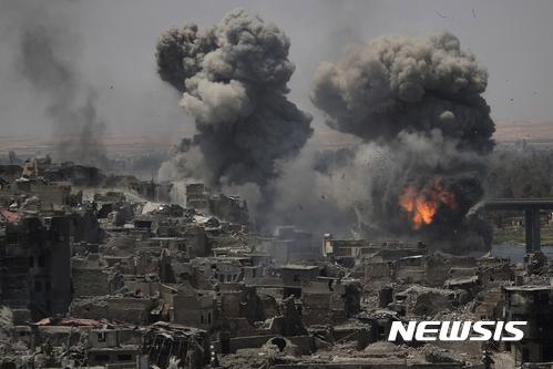 이라크, 재건비용 880억달러 요구..동맹국들, 절반만 약속 #뉴시스
