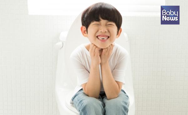 왜 영유아기 아이들에게도 만성 변비가 생길까?