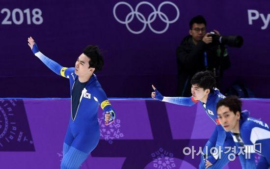 김민석(왼쪽), 정재원(오른쪽), 이승훈(밑) / 사진=아시아경제DB