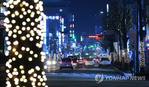 화려해진 강릉의 밤 [연합뉴스 자료사진]