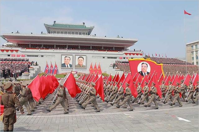 북한이 지난해 4월 평양 김일성 광장에서 건군절 열병식을 진행하고 있다. 조선의오늘 캡처
