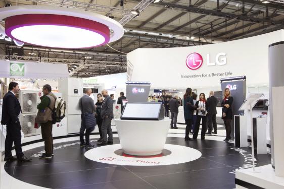 LG전자가 13일(현지시간)부터 16일까지 이탈리아 밀라노에서 열리는 유럽 최대 공조전시회 '모스트라 콘베뇨 엑스포 2018'에 참가했다. 사진=LG전자