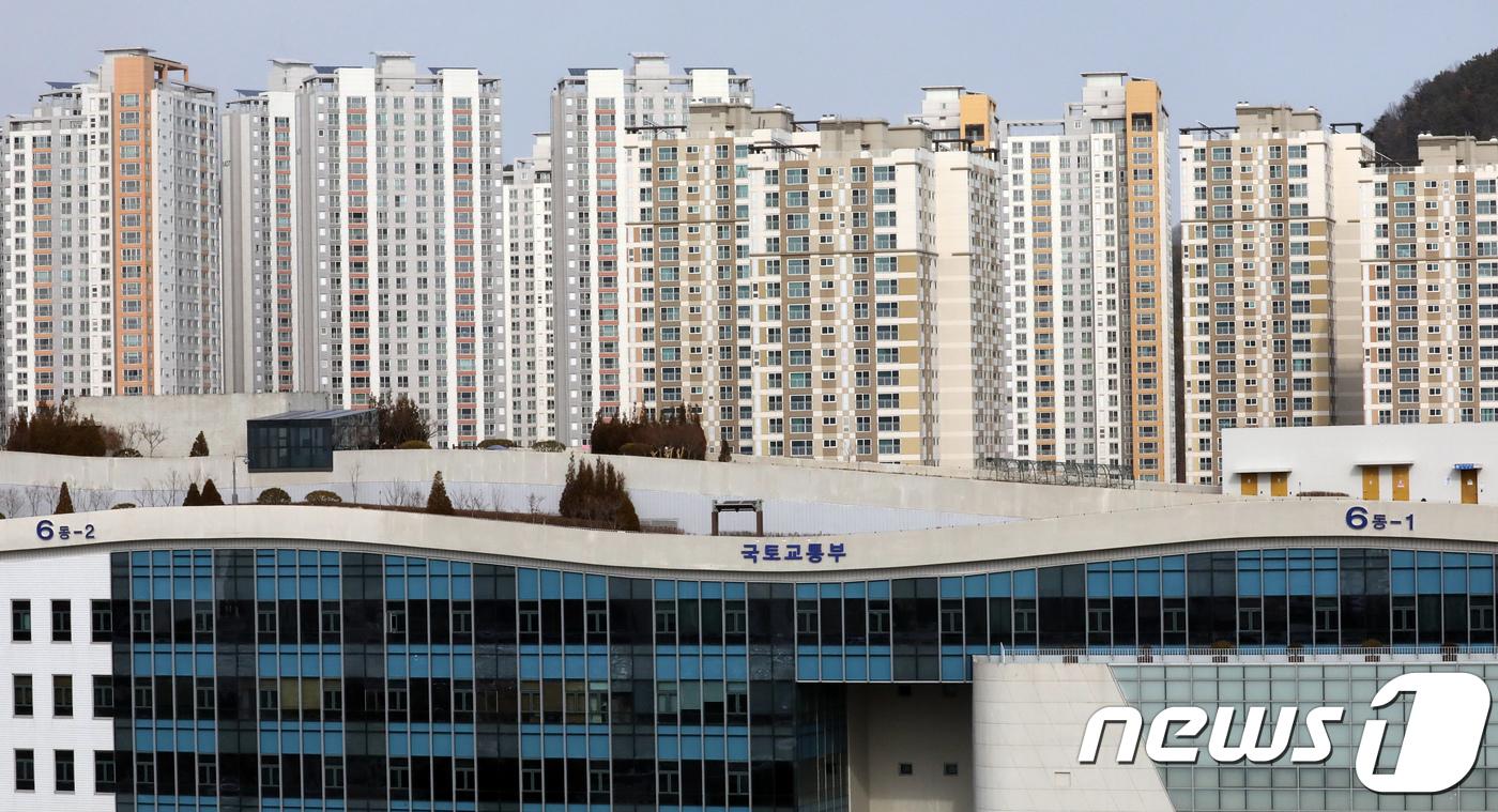 세종시 정부청사 주변 아파트 단지 모습© News1 장수영 기자