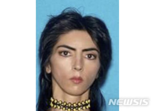 【AP/뉴시스】 3일(현지시간) 미국 캘리포니아 주 샌 브루노 소재 유튜브 본사에서 권총을 쏴 3명을 다치게 하고 스스로 목숨을 끊은 용의자가 나심 아그담(39)으로 밝혀졌다.  경찰은 범행당일 새벽에 그를 발견해 20분이나 조사하고도 그대로 놓아준 사실이 드러났다.