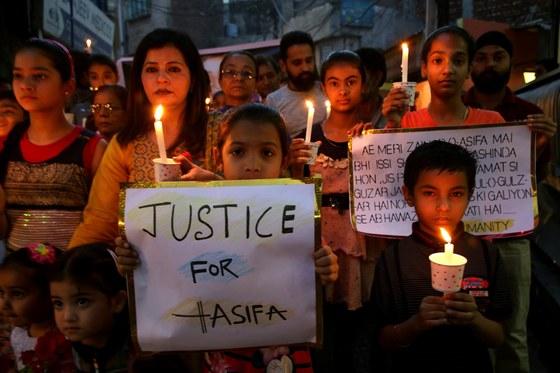 8세 아이가 성폭행·살해됐는데도..가해자 비호로 발칵 뒤집힌 인도