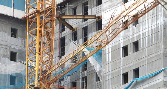 지난해 12월 20일 오후 경기 평택시 칠원동 아파트 공사현장에서 발생한 타워크레인 사고 현장 모습. /사진=뉴스1