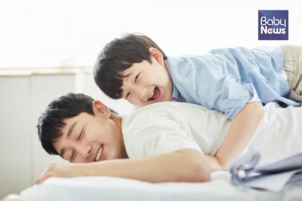 엄마만 찾는 아이, 어떻게 해야 친해질 수 있을까?