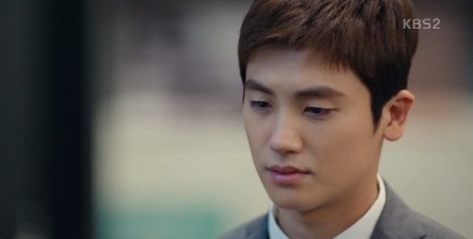 <p>A character that has to spill the lines without having a break. An actor is by no means easy. Actors burden will be greater if their metabolism is words that are not routine such as legal terms. It is also the role of the actor to make use of characters and poles in a concentrated performance as well. In this sense Park Hyung-sik in KBS 2 TV Mizuki drama Suits (Suits) (Screenwriter Kim Jung Min, Director Kim Jin Woo / Production Monster Union, Company, Media · Pictures) can only be noted.</p><p>When Park Hyung-sik plays Suits (Suits), Jonu once watches and understands, is the owner of a genius Matching King who never forget. Suits (Suits) is a drama that hides Kosi court play and bloomance by meeting with the legendary lawyer there, hiding his identity in his false new lawyer and entering the best law firm in the Republic of Korea. For this reason, Park Hyung-sik spits out a professional legal term without break and makes a color of the play each time.</p><p>But Park Hyung-sik did not stop. To shake the tension of the play by expressing the emotions and circumstances of people who change every moment through concentrated hot rolling, exquisite regulation. At the Moot court scene in Suits (Suit) 6 times broadcast on May 10, the concentration of the actor Park Hyung-sik and the ability to adjust it were intense.</p><p>Moot court in the play is a great opportunity for a new lawyer. High Jonu wrote sneaky things in this important Moot court and became the enemy of the enemy. High Yonu exercised the genius Matching King and the base, crossed the crisis and took over Moot court. But Moot court was black and white as well as the real court, so I could not simply line. It is because Gimjina (Gothon Hui) who shared the secret to Takaaki Emperor was contaminated and heard multiple emotions intertwined somewhat subtlely.</p><p>A situation where you should drive Gimzina more strongly to win in Moot court. However, because he is the only person who knows her secret, high jonu can not keep track of the misunderstanding and swaying Gimpina, whether the secret clearly comes out. Willing for winning, driving pasting, trembling emotions, winning and winning for the opponent. In a relatively short time when Moot court in the play spreads, Park Hyung-sik delicately expressed this change of emotion.</p><p>Eyes, facial expressions, behavior, talking directions, voice. All of Park Hyung-sik moved in an organically engaged manner with the emotional line of Honjon. Here, depending on the situation emotion and acting have different amplitudes and the completed ramping adjustment called the tension of the whole Moot court scene. Thanks to that, viewers in front of TV were able to devote themselves to the change in feelings of high yonu in high yonu.</p><p>Suits (Suits) is a drama with several advantages. Another important viewing point was added besides the lovely two man s bloomance, Kosi court play, three - dimensional figures unpredictable Kemi, which was the most superficial. It is a tremendous tension. And the character that showed the tension sweepily is high yonu, and this is Green Hyung - sik, a green actor. Another tension created by Park Hyung-sik in Suits (Suits) is concerned and is also expected.</p>