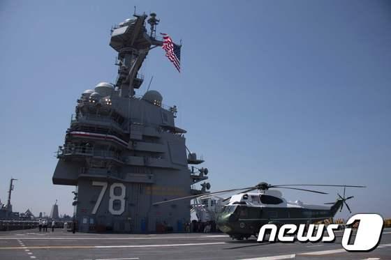미국  버지니아주  노퍽 해군기지에서  지난해 7월 진행된 제럴드 포드(CVN-78)  미군 핵항공모함  취역식. <자료사진>© News1