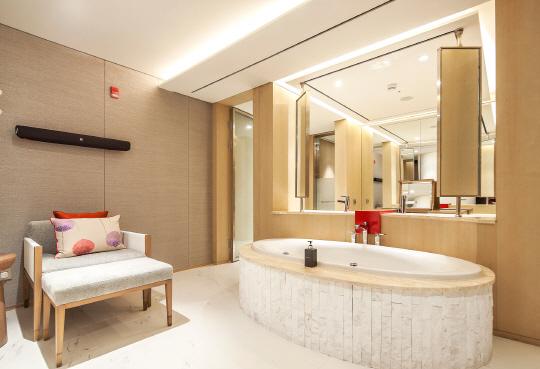 롯데호텔 하노이점 내 1200㎡ 넓은 공간에 마련된 프리미엄 에비앙 스파의 모습.  롯데호텔 제공