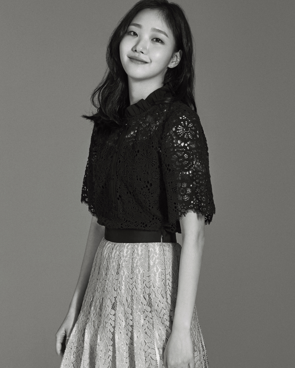 <p>After he appeared in the movie world with his dreaming girl A Muse, a modifier like 2 nd Kim Go-eun 2 nd A Muse was born. Kim Go-eun asked, Why do you have to stop writing that word? Laughing and asking. In addition to humility, attention to colleagues actors adhered.</p><p>They called second Kim Go-eun they are Girls Debut debut with Female, Burning before Vertical writing, and the main character Gimdami of the recently released movie Witch. Missy and Burning interestingly saw Witch, the latest work and Kim Go-eun who have not seen it yet I think that everyone is really amazing Digg, who was wonderful as an actor, feeling wanting to cheer And Kim Go-eun second Kim Go-eun should not stop quitting. Very embarrassing. I said.</p><p>Nonetheless, the presence of Kim Go-eun in A Muse is amazing and its persistence remains for such a long time. Kim Go-eun said, When I was 21 years old I took A Muse . It is when there are many parts that I have not experienced yet. There was also gratitude for starting the work with the starring, but there were responsibilities and burdens as well. In the case of 21 years old there is a spectrum for acting, I thought of wanting to take a lot of things in a short period of time by taking a rustling A Muse and expanding himself more.  .</p><p>After that Kim Go-eun was born as a Korean star in the tvN drama Ogre through various characters and characters such as the movie Hyo Junyo, Memory of Knife and Chinatown and Angry Lawyer. When choosing a work, it was very important to breathe with seniors, he said, It was necessary to have a terrible work to appear, to broaden the spectrum, maybe I could ignore it, but I Although I chose a work in a direction that can develop better than the best, I seemed to have helped in various ways from now, I did not choose a nice one. </p><p>Next, is the current performance spectrum widely supported from at least A Muse ? Recently it is a place to worry about What is a pro?  It was also called I wonder what it means to be a professional as it was feeling that there was a lot of trial and error when debuting as a child.</p><p>There is no burden of A Muse attached like a tag. Kim Go-eun always listened to the question I do not want to erase A Muse , but A Muse is my first work and a masterpiece. It is an honor to have a masterpiece.  On the other hand, Of course, if I feel A Muse of all my images I guess its going wrong but it is nice to have A Muse among some things that qualify me It added.</p><p>Meanwhile, the movie Byeonsan (Director Lee Jun Ik) who is waiting for release on July 4 is forced to summon to the hometown Byeonsan full of black history with hints and tricks of unrequited Sunmi (Kim Go-eun) at the distorted twist moment It is a pleasant drama depicting the biggest crisis in life of Parkaxen Hakusaku (Park Jung - min) was done. Kim Go-eun is an invincible man who compulsively summons to his hometown Byeonsan his unknown rapper classmate Hakusu (Park Jung-min minutes), and is an unrestrained stone straightball Alumnus who breathes the power of the play Sunmi role I accepted.</p>
