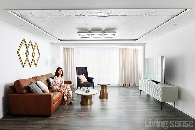 배우 이영은의 공간별 테마가 살아 있는 하우스