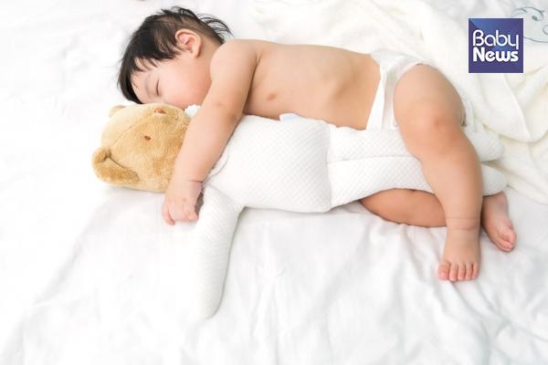 신생아 시기부터 잠을 재우기 어려웠다면 기질적으로 예민함을 타고 났다고 볼 수도 있을 것 같다. ⓒ베이비뉴스