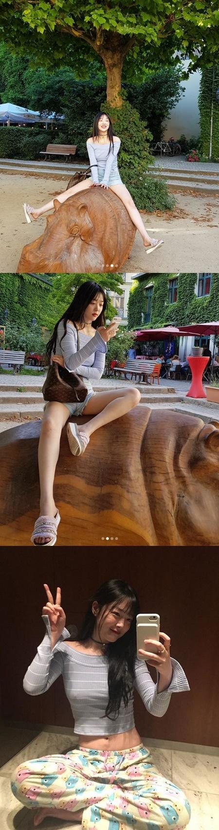 [★SNS] 설리, 관광지를 화보 촬영장으로 만드는 미모