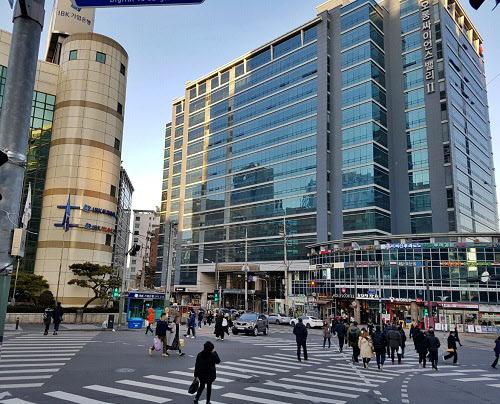 지식산업센터가 밀집한 서울 구로디지털단지. /한스미디어