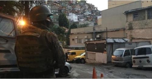 리우 시 남부지역에 투입된 군경 병력 [브라질 뉴스포털 UOL]