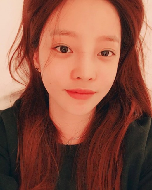 <p>The actor Goo Hara boasted a nonfault Beautiful looks.</p><p>Goo Hara posted Self taken on his own instagram lying on the 14th.</p><p>Among the published pictures Goo Hara gathers vivid ears, mouth and nose and eyes. Especially despite the Close-Up photo, beautiful skin with no dullness is eye-catching.</p><p>Meanwhile, Goo Hara will announce the digital single album Wild (WILD) on 30th, and will start activities as a solo singer.</p>