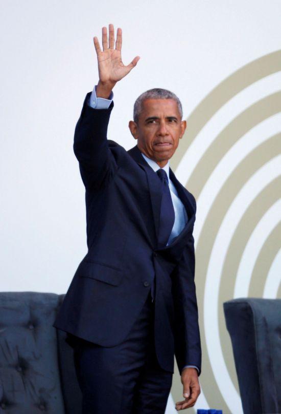 """오바마 """"독재자들의 정치가 부상하고 있다"""" 비난"""