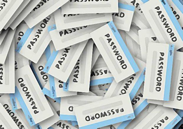 마이크로소프트, 구글 등 브라우저 및 인터넷 서비스를 제공하는 사업자들이 차세대 인증기술 보급에 나서고 있다. FIDO2 표준에 포함되는 W3C Web Authentication API 지원 브라우저 출시도 그 일환이다. [사진=Pixabay 원본 편집]