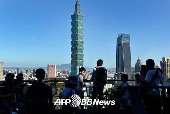 대만 타이페이 전경. 101타워가 우뚝 서있다. /AFPBBNews=뉴스1