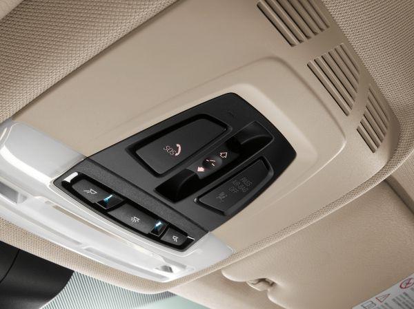 BMW 커넥티드드라이브 이머전시콜 기능 /사진=BMW 제공