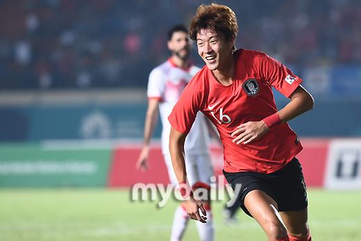 '황의조 해트트릭' 한국, 바레인전 전반 5-0 종료