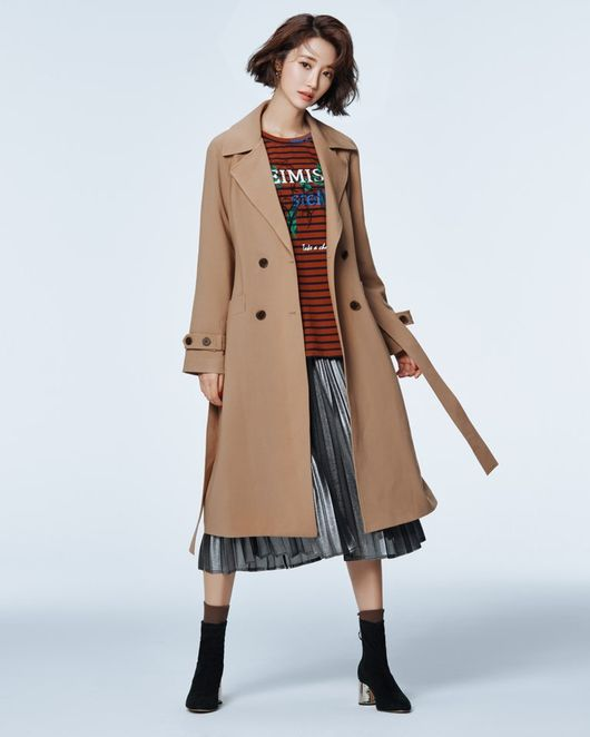 <p>The actor Go Joon-hee became a new muse of petticoat tapgol.</p><p>A fashion picture of Go Joon-hee, which has strengthened its position as Trendsetters with a sense of fashion going ahead, was released.</p><p>A brand official said, It was decided to match with the image that the brand pursues with the image of sophisticated chic images that the actor Go Joon-hee has, with Muse of Tapgol.</p><p>Go Joon - hee boasted a sophisticated charm while being urban but styling such as a check suit setup suit and loose fit trench coat, trend pit rider jacket etc among published photo books.</p><p>Boasting sophisticated visuals and a perfect body line, Go Joon - hee is active as an advertising model such as Esle leisure look, sportswear as well as makeup brands, and is regarded as a star loved by the advertising world.</p><p>Meanwhile, Go Joon - hee appeared as the former president s only daughter Gujagyeon in the JTBC drama Untouchable which was aired at the beginning of this year, completely digested the coldly discouraged character and received a favorable reception. Currently under consideration for the next work. [Photo] Tapgol</p><p>Tapgol</p>