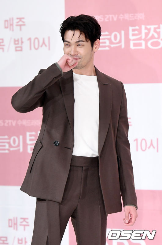 <p>Actor Choi Daniel participated in the production presentation of KBS 2 New MBC Wednesday - Thursday evening drama Today s Detective held at the Eggunpoulou Time Square Amos Hall on September 29, and has a photo time. /</p>