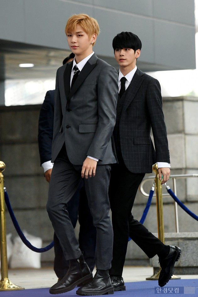 <p>Group Wanna One Kang Daniel, Ong Voice Actor is participating in the 2018 Soribada Best K - Music Awards Red Carpet Chugai Travel held at the Olympic Gymnastics Gymnasium in Seoul on the 30th afternoon</p>