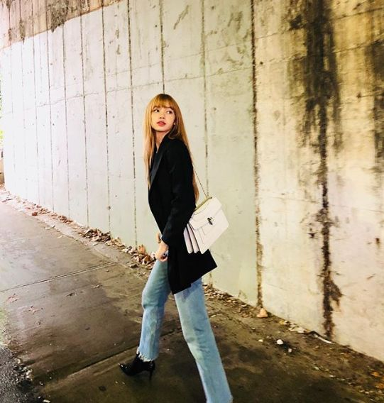 Black Pink Lisa Bonet Blonde Hair Jeans Style Even If You