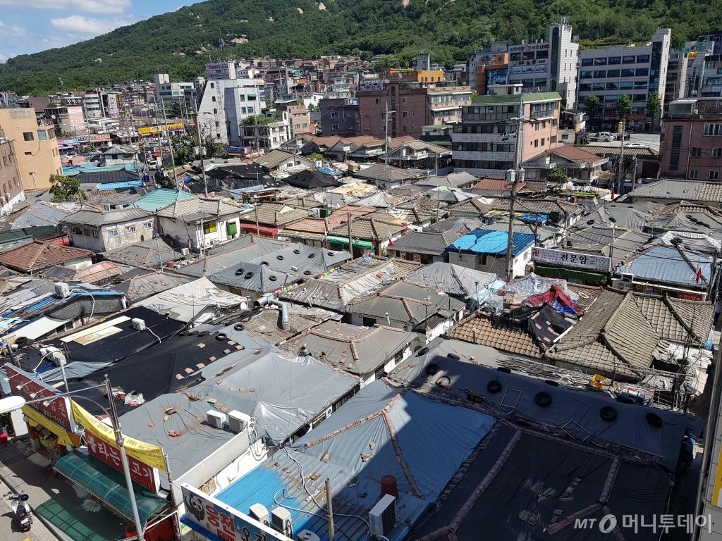 2014년 상계뉴타운 정비계획 구역에서 제외된 3구역 노후 주택 전경. /사진=유엄식 기자