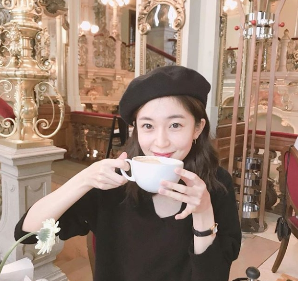 <p>Actor Baek Jin-hee released a photo of Hungary Budapest trip.</p><p>On September 14, Baek Jin-hee posted a picture with a sentence dessert time on his own instagram.</p><p>The figure of Baek Jin-hee holding a Coffee cup in the picture was put in. Baek Jin-hee wrote a black beret and added a cute appeal. The adorable smile of Baek Jin - hee attracts eyes.</p><p>The fans who touched the picture showed a reaction such as very beautiful, what kind of taste is Hungary Coffee, beret is completely cute.</p><p>Baek Jin-hee is considering and considering the role of the KBS 2 TV Mizuki drama You can die heroine after tvN drama Formula Charles Lou 3: Begins is finished</p>