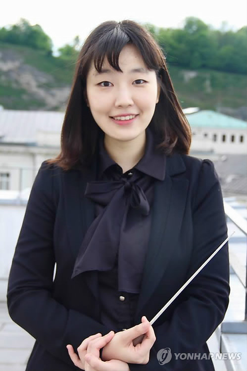 지휘자 김유원
