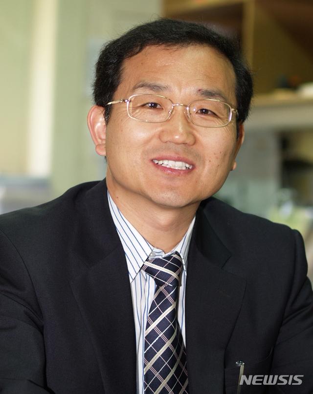 【진주=뉴시스】정경규 기자 = 경상대학교 이상열 교수.