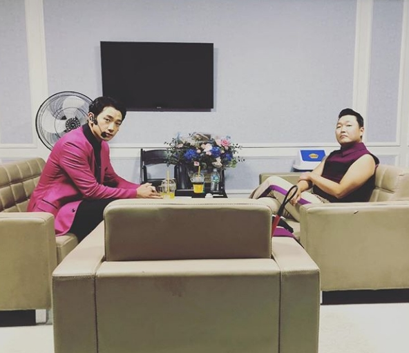 <p>Singer Rain, PSY two shots were released.</p><p>Rain posted a picture in his instagram with My Brother, My Brother, Neighborhood Brother, Sister Brother, Ten Years Later on PSY RAIN.</p><p>Rain and PSY in the photo are gazing at the camera while sitting on the couch facing each other. The relaxed atmosphere between the two is impressive.</p><p>Rain and PSY are the best accompaniments of the music industry. PSY s song, composition, and production are the songs of Best Gift , which is a proposal song for Kim Tae - hee.</p><p>On the other hand, PSY and Rain conducted a joint concert of Frozen (Original Motion Picture Soundtrack) at Seoul Olympic Stadium on the 29th.</p><p>Noninstagram</p>