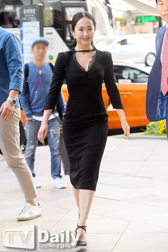 <p>Actress Kim Min-jung is attending Chugai Travel launching bed brand at the Lotte Department Store headquarters in Jung-gu, Seoul on the afternoon of the afternoon.</p><p>S Brand Chugai Travel</p>