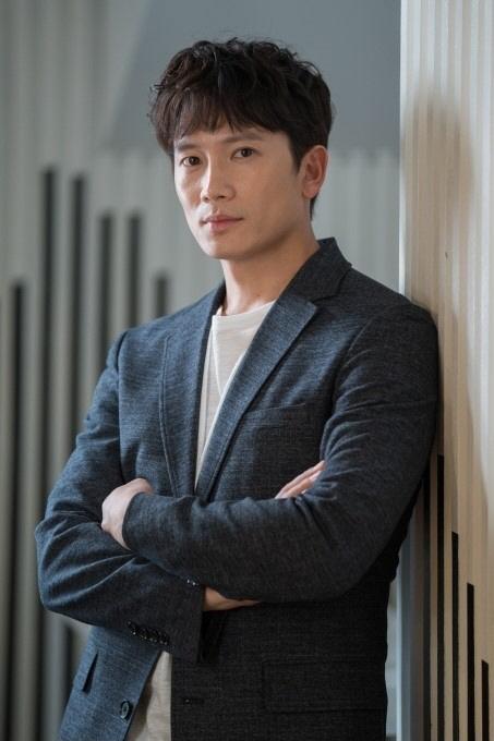 """[SE★인터뷰] '명당' 지성은 성장 중 """"성실한 배우→즐기는 배우로"""""""