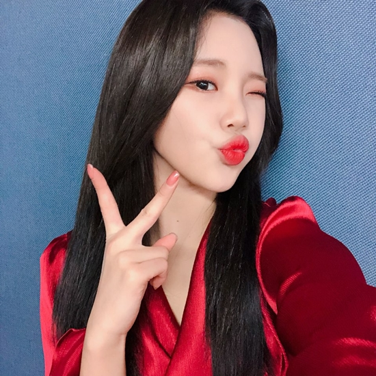 <p>On March 9, MLD Entertainment said, It is true that Joys transformation into black is for A real man 300.</p><p>The state has changed to A real man 300 special school in the first black hair style debuted before the admission, and the netizens wondered about the change.</p><p>I am going to try to become a real soldier with my best before the admission, an agency official said. I was nervous, but I was curious about military life because of its unique bright energy.</p><p>Lee Jung-hyun, singer Sandara Park, and African TV BJ Gamst are appearing in A real man 300 with Joo Lee.</p>