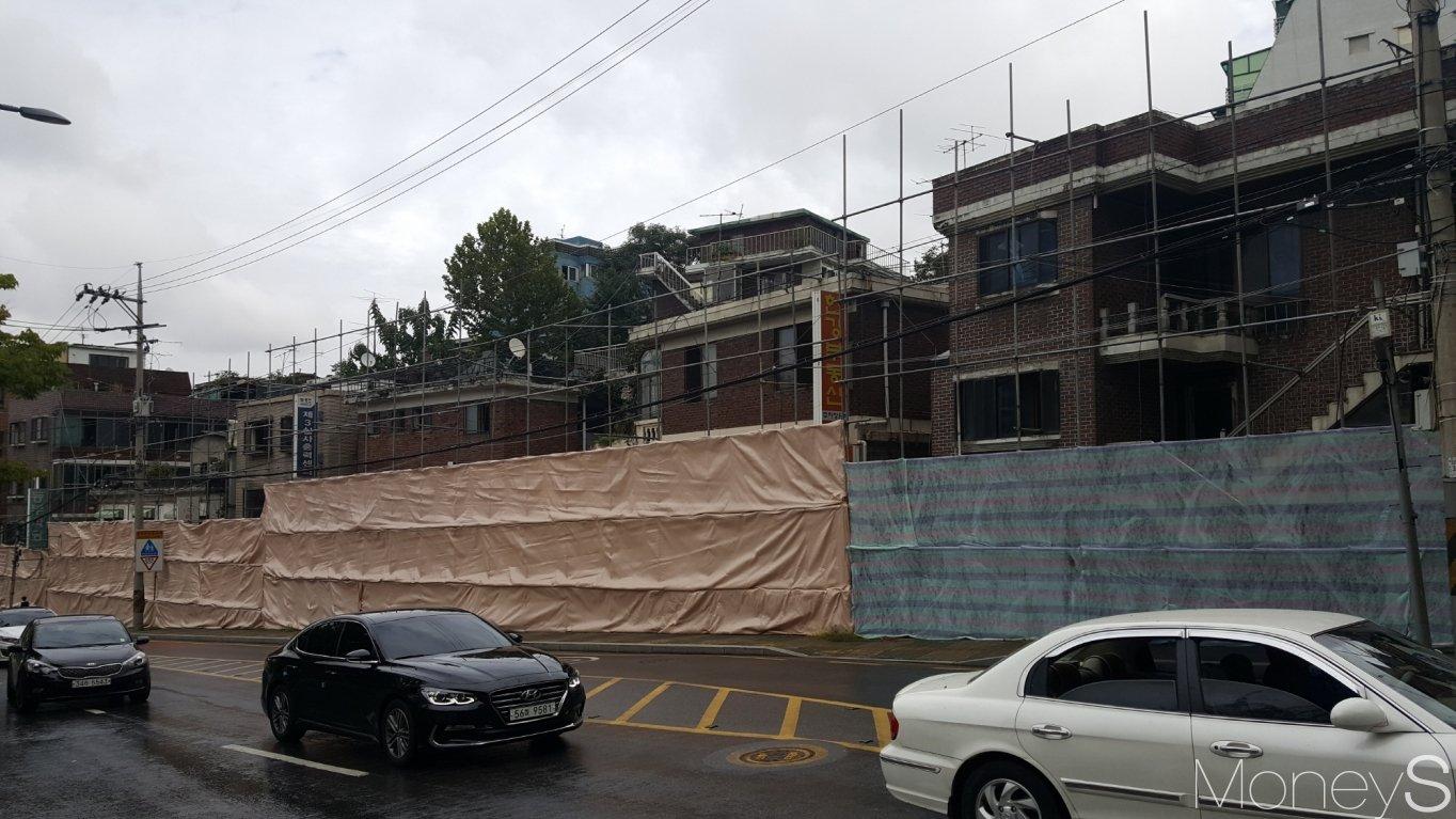 철거를 앞둔 흑석동 노후 주택가. /사진=김창성 기자