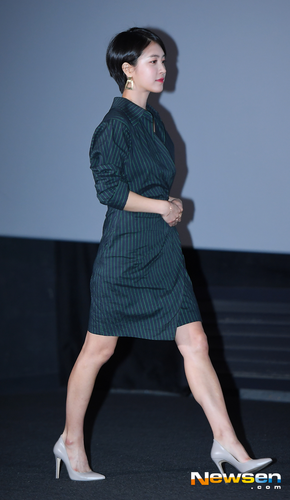<p>The movie Womans Wail media distribution premiere was held at Yongsan District CGV Yongsan Ipark Mall in Seoul on the afternoon of November 1</p><p>On that day, Park Min-ji responds to the photo pose.</p><p>Seo Young-hee, Son Na-eun, Italy, Park Min-ji and Yoo Young-sun, the director, attended the premiere.</p>