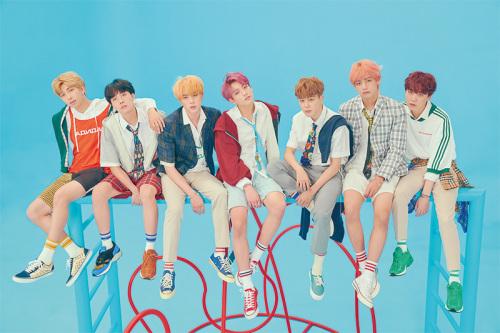 방탄소년단(BTS)은 2018지니뮤직어워드 사전투표 총 7개부문에서 득표수 1위를 차지했다.