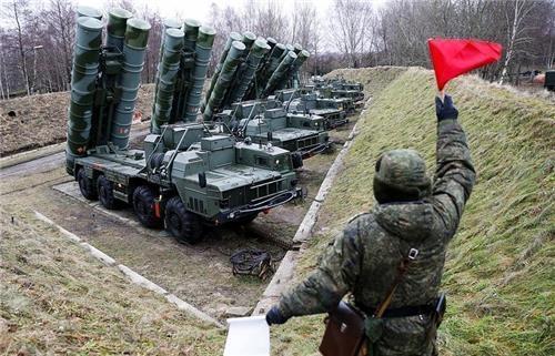 러시아의 최신 방공미사일 S-400 [타스=연합뉴스]