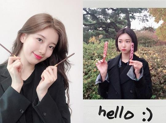 <p>Actress Go Joon-hee, singer and an actor, Bae Suzy with Pepero Day celebration.</p><p>Go Joon-hee is the 11th-Pepero holding photos. Hello(Hello)that photo belongs to the phrase eye-catching.</p><p>Bae Suzy also this day official via Twitter, for one, Bae Suzy onewith Pepero data authentication shot raised.</p><p>11 November 11, Pepero Day right two people to transform. Different styles of anniversary greetings vase in the.</p><p>Meanwhile, Go Joon-hee is next year scheduled to be broadcast of OCN new drama The Ice appeared to be. Song Dawn, Go Joon-hee and breathing fit.</p><p>Bae Suzy is currently Lee Seung GI drama with Vagabondduring shooting. Vagabondnext year will be broadcast.</p>