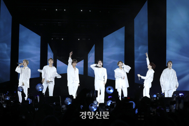 "<p>Japan at the 'anti-controversy'engulfed the group of the BTS broadcast appearances canceled in Japan degeneration of its behavior to criticize the voice, with excessive 'patriotism'expression interpretation role boundaries should be noted.</p><p>This time the controversy to bring the issue of T-shirt that Jimin is the last shot with the YouTube documentary 'One More stage'(Burn the Stage)and that it came out, the domestic brand is Liberation Day to commemorate the Made products. T-shirt back in clothes fit only for calling people and atomic photo print. Patriotism and our history and {code:200,lang:EN-en,text:[and one word in English written. Last 3 November in YouTube through free public videos from people T-shirt is 2 seconds.</p><p>The controversy, last month the Japanese media reports as of late, sparked. Japan Tokyo Sports last month 26, Jimins T-shirt with the photo ""BTS of 'anti-activity'in Korea receive praise. This States history for a deep-rooted complex that appears to be""and reported. Since the leader RM this 2013 independence back to Twitter Inc.In this ""history of forgotten peoples in the future. Easy is also good, but martyrs to independence fighters who, once again thank day. For independence, but more""even climbed on top.</p><p>Japanese Extreme right tendencies of NGOs is also controversial. 'Unique opportunity'(the privilege does not tolerate citizens meeting)last month 30 days, Twitter Inc.Through the BTS this gig that day Tokyo Dome in front of the opening said he would. BTS is coming 13 from the Tokyo Dome, starting with 'the love Diet self' Japan tour coming up. Re unique opportunities, including the Japanese Extreme right leanings who they BTS of appearances for was broadcasters and the corporate sponsors for the call of exercise.</p><p>Must last 8 days half feelings of Japanese TV Asahi 'Music Station' side 9, it was planned BTSs broadcast appearances had to be canceled.</p><p>The situation is dramatically escalating user in Japan, even BTSs broadcast appearances is not that regressive measures that criticism came out. Really. Hello""and ""someday this country and the mainstream culture surrounding too or village city or the situation to change. My hand was""Twitter, Inc.For raised. The book <The Abe government, Internet strategy>, wrote journalist stroked Daisuke ""BTS appeared a smoke incident in the controversial think there are elements, but the political and media reaction to the tone in this one(BTS for criticism)out there is really scary.....""posts on the Internet this year. Japan advanced medium we called the ""atomic bomb T-shirt BTS, to attack as a pretext to dig to come as BTS spanking the essence of Korean behavior(allegedly)only"".</p><p>Meanwhile on the issue of T-shirt-bombing is a tragic case it is, in terms of Japans behavior to criticism for BTS to overly hero to be alert to that voice.</p><p>Hand, our culture critic for the last 10 days, Facebook in ""Hiroshima atom bomb 'patriotism, Korea {code:200,lang:EN-en,text:['and weave in the image for the T-shirt is created within the semantic network is just a 'Japanese war criminals for the world to know was'is the expression of the hero in history we should believe""; ""the Hiroshima bombing that the worst choice was one, and the countless victims came, and the pain is now even have,""he pointed out.</p><p>This is not done, Dankook Professor of history of its own ""Bulletproof(Boys)by this time Japanese broadcast the cancellation state of the world in the War Crimes Act has informed the South Korean media argue that the right map not fit. This story, of how the Japanese past aggression history and erasing the image making well to varied, overseas reaction through the first check,""he wrote. Actually the British media, The Guardian in the last 9 days BTS of the Japanese TV cancellation news related to the controversy in detail, and 'BTS, this broadcast for cancellation and apologized, but T-shirts with regard to that and there was no'he wrote.</p><p>Ahead of SEO Kyoung-Duk at Sungshin Professor for the last 10 days of Instagram, ""Japan is the BTS of the TV appearances, the Extreme right media in this situation is to view it as the worst of the water. and this""cotton on ""CNN, BBC and other global media on this situation, this is the world of young fans to the Japanese war criminals the United States the fact that certainly stamping that instrument was,""he wrote.</p>"